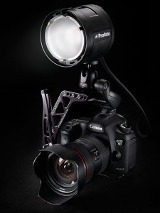 Profoto-901108-B2-Inspiring-Product-Image-On-Camera-w-Bracket